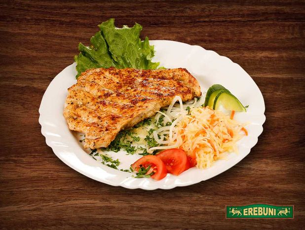 Grilled turkey fillet, 1/2 portion